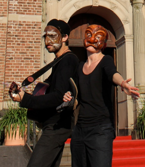 Commedia singing...for you!