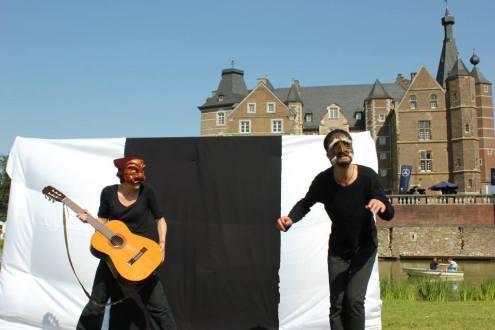 Zagna and Pantalone...can they make music?
